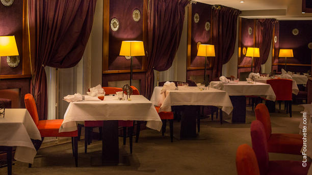 La salle manger h l ne darroze in paris restaurant for Salle a manger paris