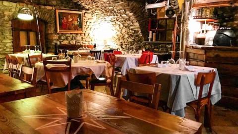 Rolling Stone 72 Petit Restaurant, Aosta