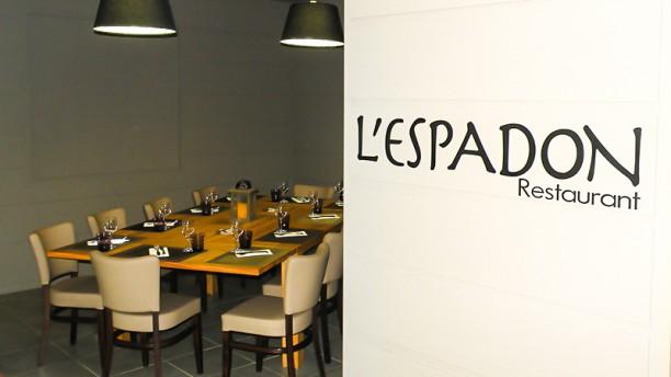 Hôtel-Restaurant l'Espadon Vue de la salle