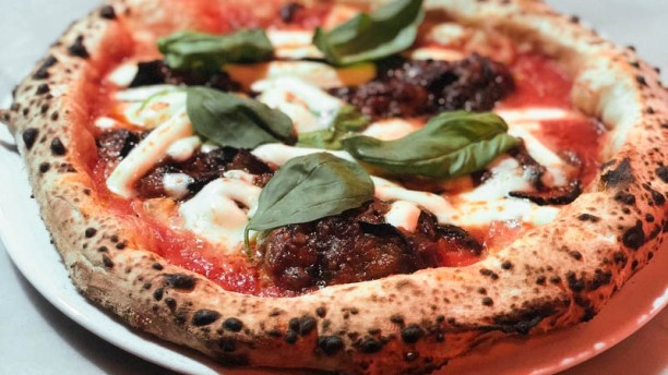 Pizza Garage Express In Como Restaurant Reviews Menu