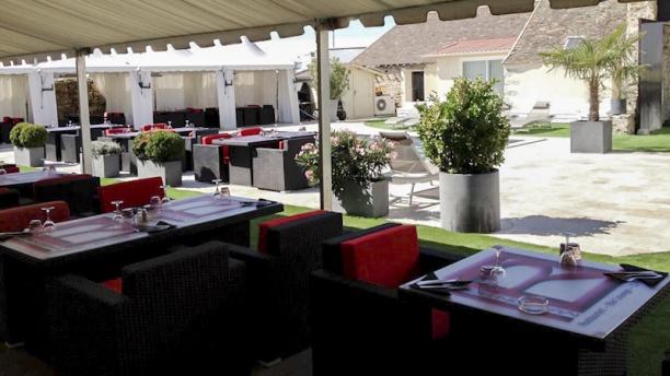 restaurant maison rouge saint fargeau ponthierry 77310 avis menu et prix. Black Bedroom Furniture Sets. Home Design Ideas