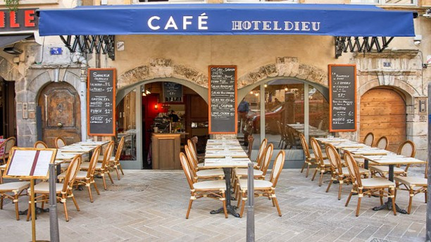 Café Hotel Dieu Entrée