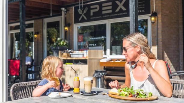 Restaurant Pex Ontbijt, lunch en diner voor de hele familie