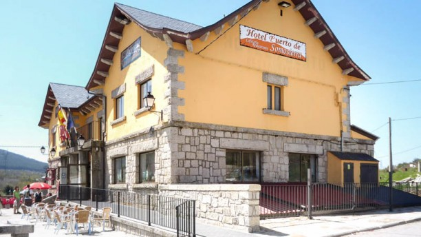 El Puerto - Hotel El Puerto Vista externa