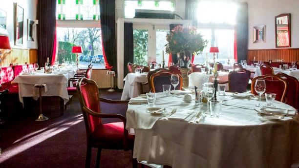By Chiel Het restaurant