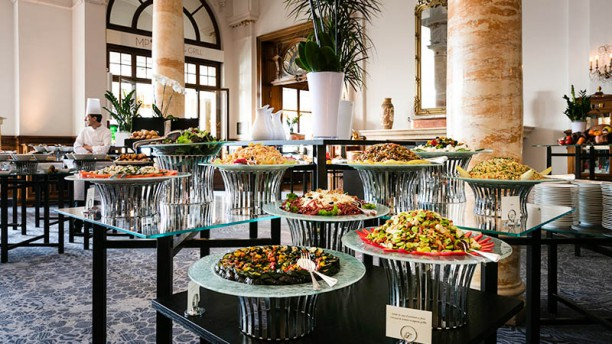 Brunch du Fairmont Le Montreux Palace Salads Station