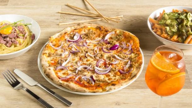 Tutto e Troppo Pizza tonno e cipolla