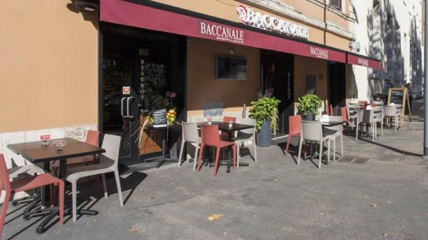 Baccanale Ostiense Entrata