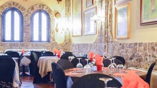Il Castello di Giuliano Vista sala