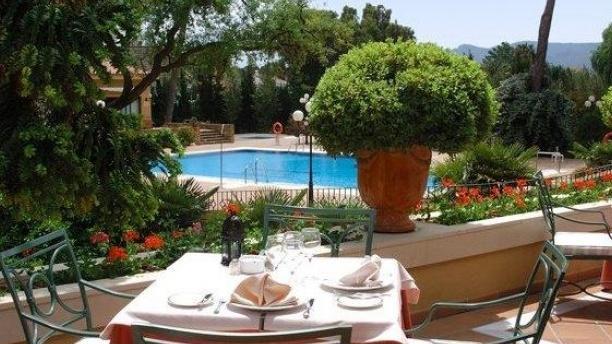 Acebuche - Hotel Guadacorte Park Vista terraza