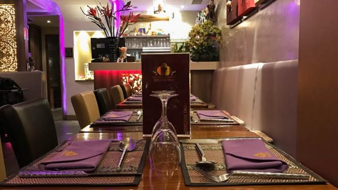 Table dressée - Orchid Thai, Paris