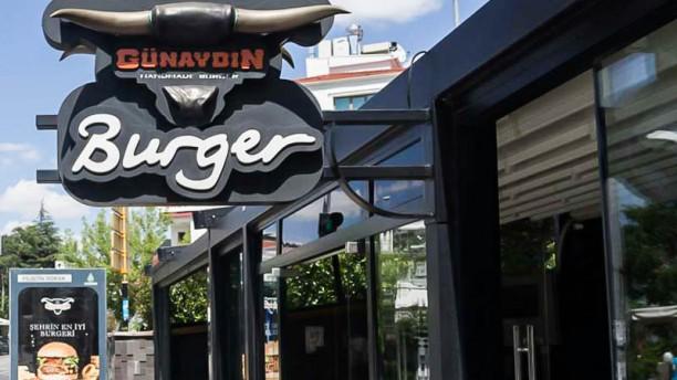 Günaydın Burger The entrance