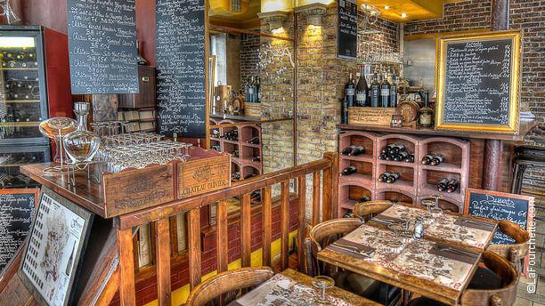 restaurant le refuge des moines paris 75017 batignolles place de clichy menu avis. Black Bedroom Furniture Sets. Home Design Ideas