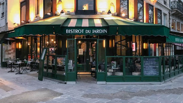 Bistrot du jardin in paris restaurant reviews menu and for Cafe du jardin london