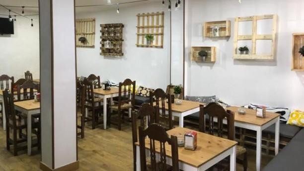 Llovizna Restaubar Sala