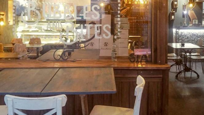 Esplanada - Bubbles and Bites, Cascais