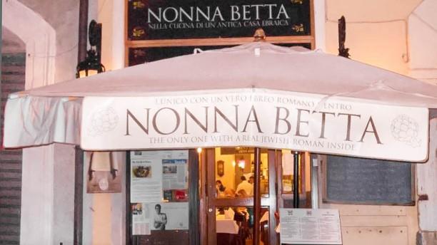 Nonna Betta entrata