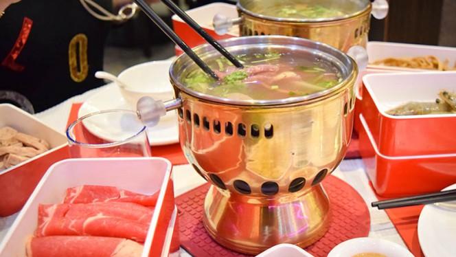 La fondue Chinoise à Volonté - Dine Dong, Lyon