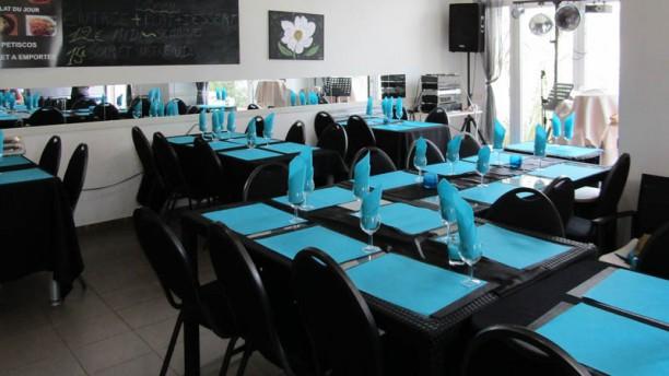 Café Bleu Vue de la salle