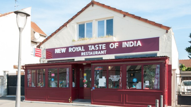 New Royal Taste of India Devanture