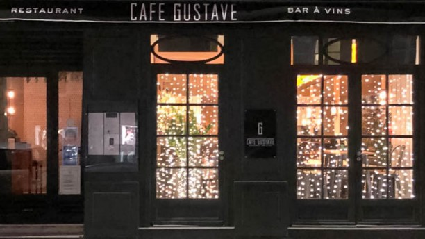 Café Gustave Façade