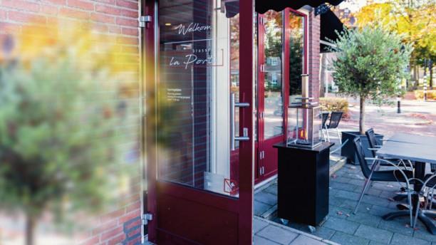 Brasserie La Porte Ingang