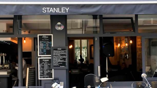 Stanley Entrée