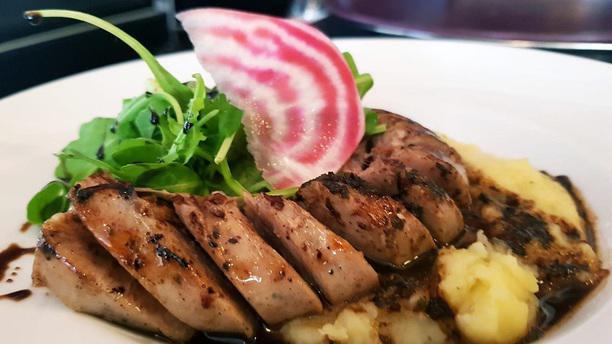 La Piscine Saint Louis In Paris Restaurant Reviews Menu And