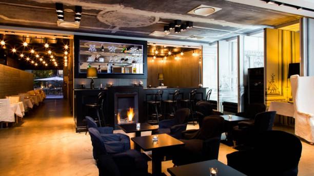 restaurante la table du huit la maison champs elys es en paris men opiniones precios y. Black Bedroom Furniture Sets. Home Design Ideas