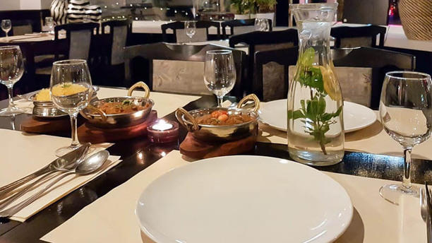 Curry Inn - Indiaas Tandoori Restaurant Detail van de tafel