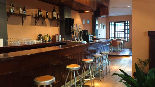 El Bar de Isidro Vista sala