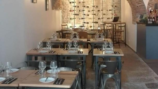 Manjerico Alegre Restaurante e Wine Shop Vista da sala