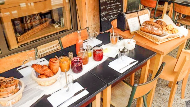 La Femme Du Boulanger Restaurant 3 Rue Du Commandant