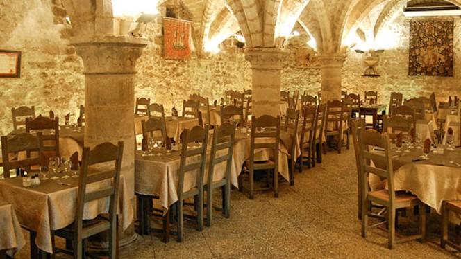 Le Gril des Barbares - Restaurant - Senlis