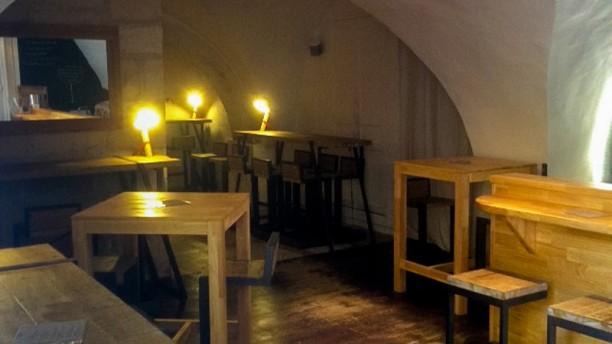 gard vin in n mes restaurant reviews menu and prices thefork. Black Bedroom Furniture Sets. Home Design Ideas