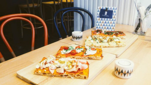 Himalia Suggestion pizza