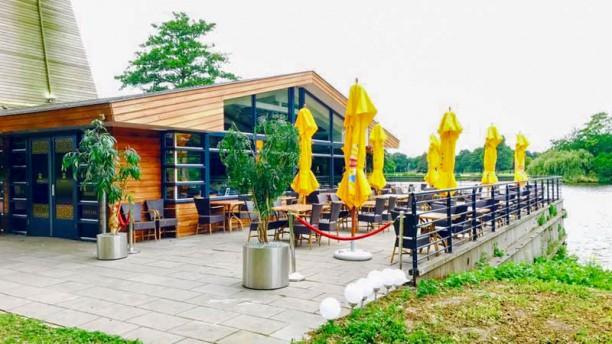 Soba Restaurant & Cafe Ingang