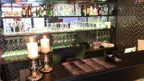 Spice Kitchen Kök & Bar bar