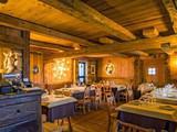 Maison Blanche Ski Restaurant