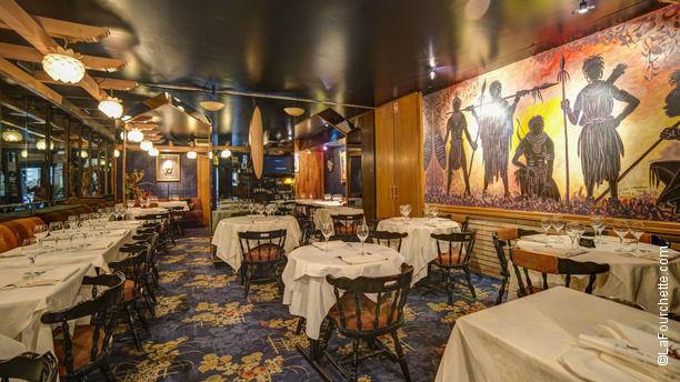 Restaurant la gazelle paris 17 me ternes porte for Table restaurant professionnel