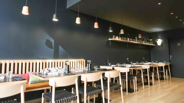c t sushi la joliette restaurant 109 rue de la r publique 13002 marseille adresse horaire. Black Bedroom Furniture Sets. Home Design Ideas