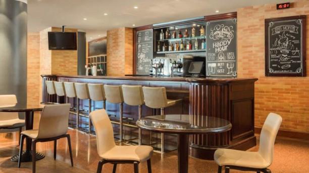 Runway Café Restaurant
