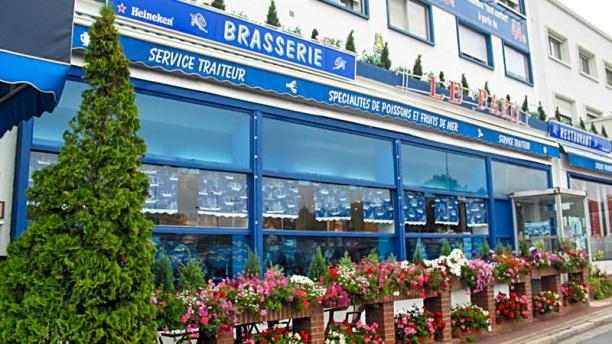 Le Paris Specialites de poissons et fruits de mer