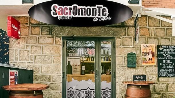 Sacromonte GastroBar Entrada