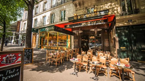 Restaurant le p 39 tit wagram paris 75017 arc de - Restaurant le congres paris porte maillot ...