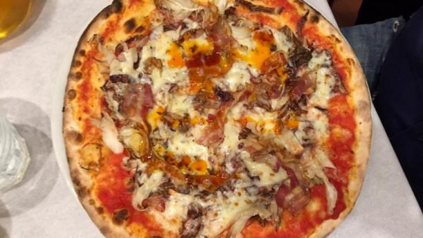 La Lanterna Pizza