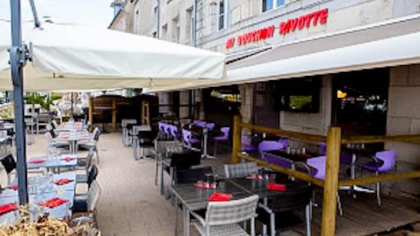Au Bouchon Rivotte Terrasse