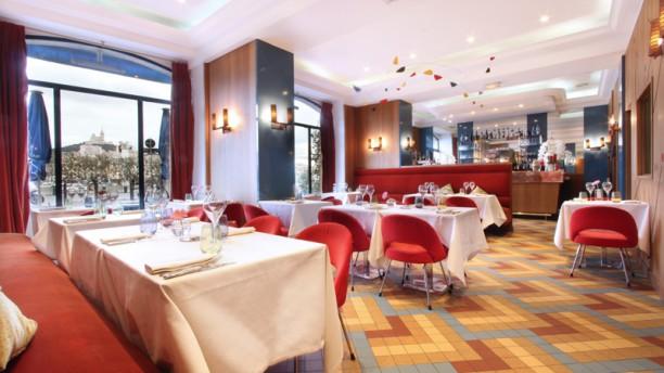 Le Relais 50 Salle intérieure du restaurant