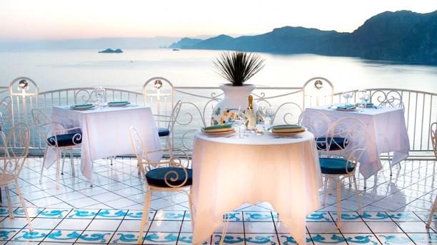 La dolce vista a praiano menu prezzi immagini for Ristorante la vista