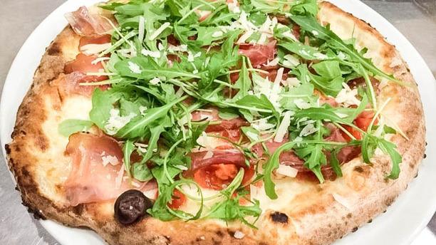 La Piazzetta pizza